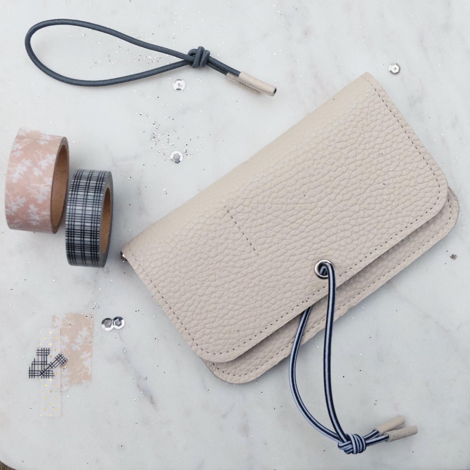 Wallet cream Misha Barcelona